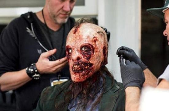 [Série] American Horror Story: Asylum (saison 2) American_horror_story_-bloody-face