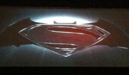 batman superman panel slider