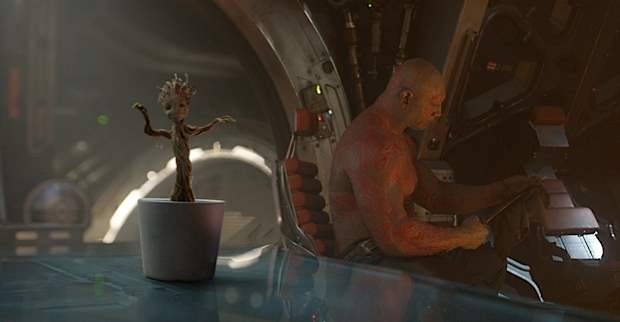 baby dancing groot and drax